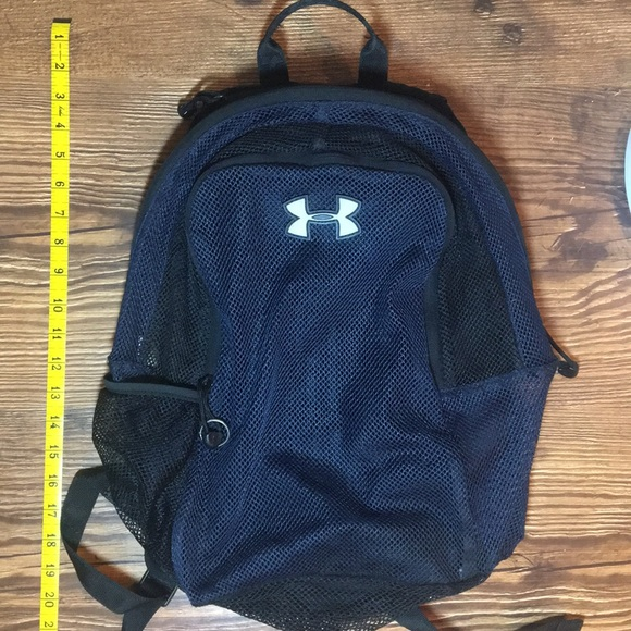 a68e744ee9 Under Armour mesh backpack. M 5b2969203c98442de87eb2ea
